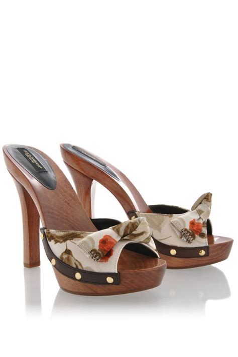 high heel clog sandals best 25 clog sandals ideas on heeled clogs