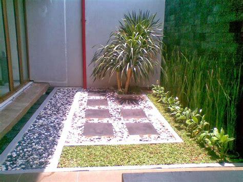 Hiasan Aquarium Pohon Mini 8 best desain taman rumah modern minimalis images on small gardens landscaping
