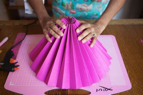 How To Make Paper Fans - diy tutorial pretty paper fans 183 rock n roll