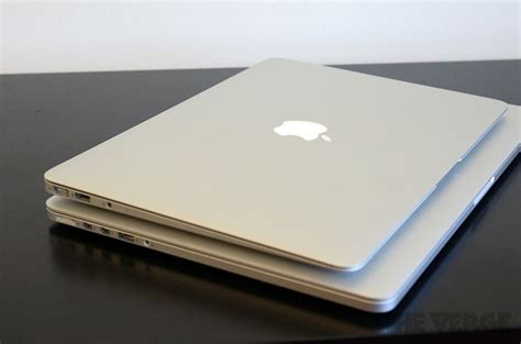 Mba Vs Mbp 2015 by New Macbook Pro With Retina Display Vs Macbook Air In