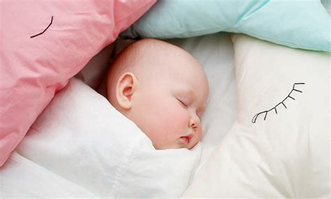 Can Newborn Use Pillow what age can a baby use a pillow and duvet baby pig