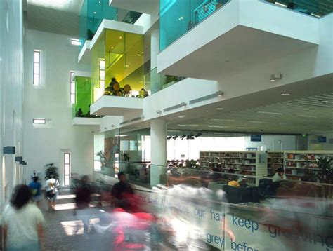 bishan public library look architects singapore pod tastic bishan public library is a colorful energy