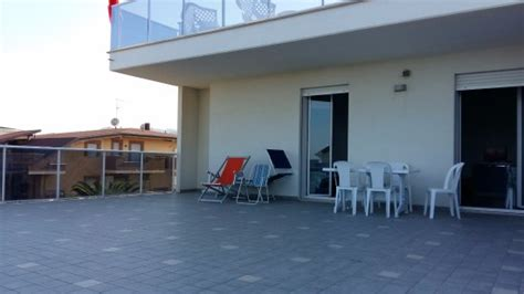 le terrazze alba adriatica residenza le terrazze bewertungen fotos alba adriatica