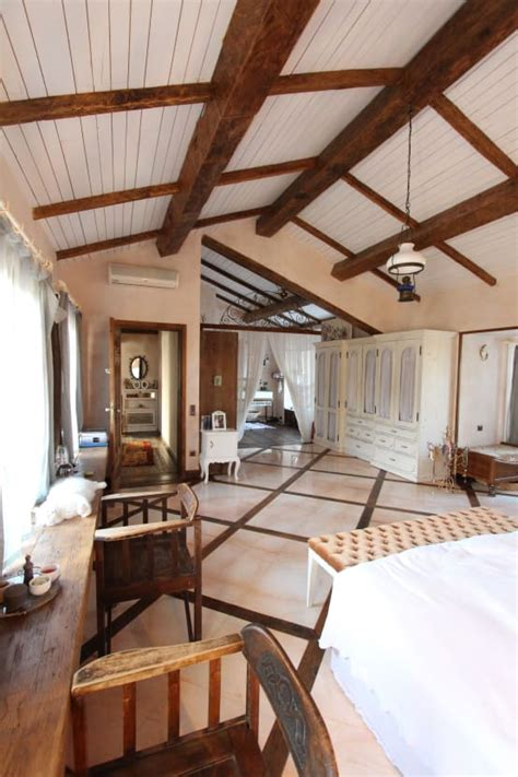 soffitti in legno lamellare travi in legno a vista per la casa 7 spettacolari esempi