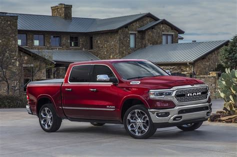 ram 1500 pictures 2019 ram 1500 reviews and rating motor trend