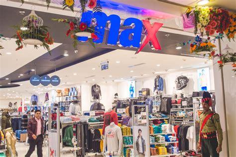 store in india retailer landmark s store live in india