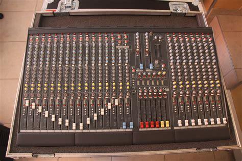 Mixer Allen Heath Gl allen heath gl2200 424 image 470907 audiofanzine