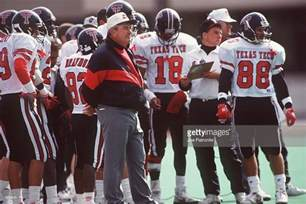spike dykes former texas tech coach spike dykes passes away at age 79