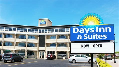 days inns locations days inn suites bay ontario canada motel