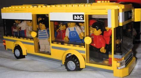 How Big Is A Three Car Garage lego city 7641 city corner i brick city