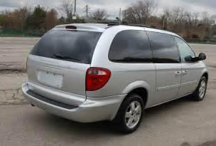 2005 dodge grand caravan sxt stow n go minivan 1 owner