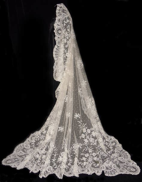 25 best Antique Lace Weddings Veils images on Pinterest
