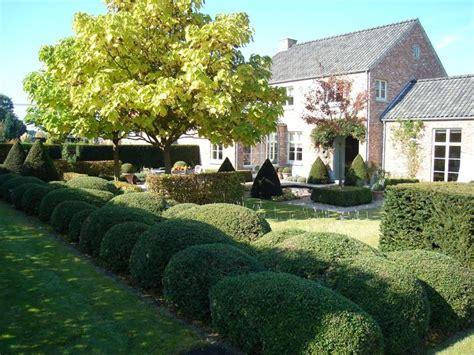 tuin van de baron tuinen in beeld gestructureerde tuinkamers