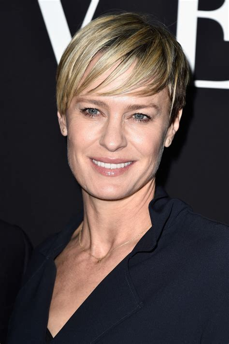 how to cut robin wright haircut robin wright short cut with bangs short cut with bangs