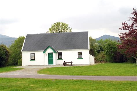Couples Cottages Killarney by Killarney Self Catering Cottages Homes Killarney