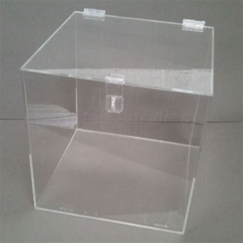Clear Box No20 20cm lockable clear acrylic display box for use with padlock