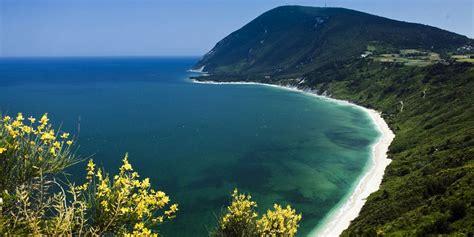 delle amrche spiagge marche 2016 visita le pi 249 spiagge della marche