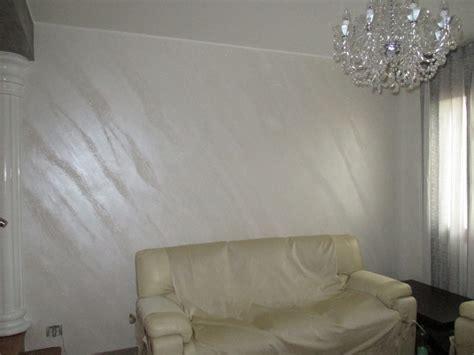 pietra spaccata foto effetto pietra spaccata di pittore edile decoratore