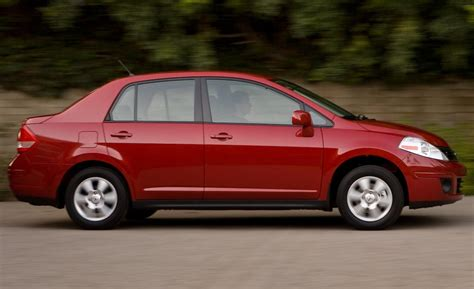 2010 Nissan Versa 1 8 Sl Sedan Photo