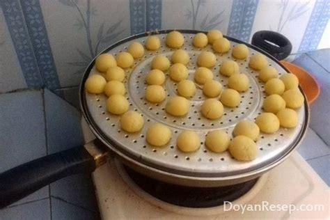 membuat kue nastar tanpa mixer cara membuat nastar keju tanpa oven dan mixer lembut