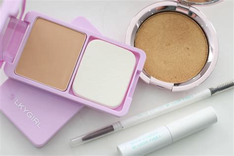 Eyeshadow Paling Bagus rekomendasi produk makeup terjangkau bulan ini daily