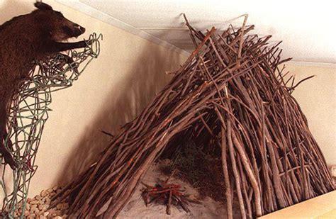 hutte de la préhistoire mus 233 e de pal 233 ontologie humaine de terra amata