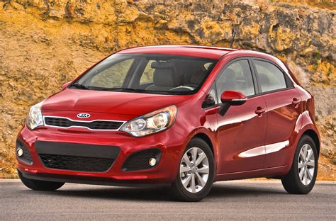 Kia Hatchback 2013 2013 Kia Iii Hatchback Pictures Information And