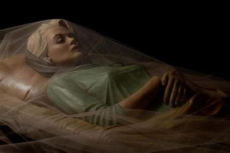open casket photo  marilyn monroe