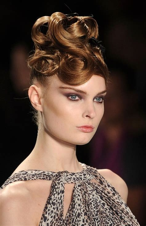 vintage updo hairstyle ideas for 2016 runway updo hairstyle ideas for 2016 hairstyles 2017 new
