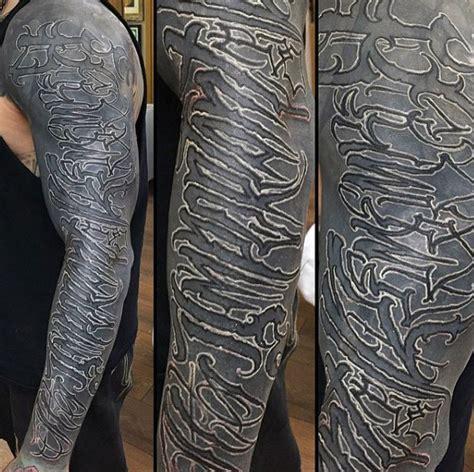 Lettering Sleeve 75 lettering designs for manly inscribed ink