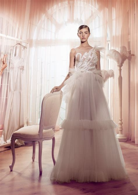 Swan Themed Wedding Invitations by Creative Theme Wedding Ideas