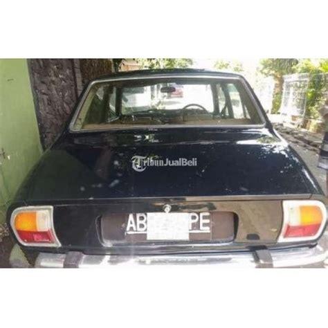 Jual Tv Mobil Yogyakarta mobil sedan klasik peugeot 504 tahun 1976 second harga