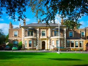 brinsworth house royal variety charity