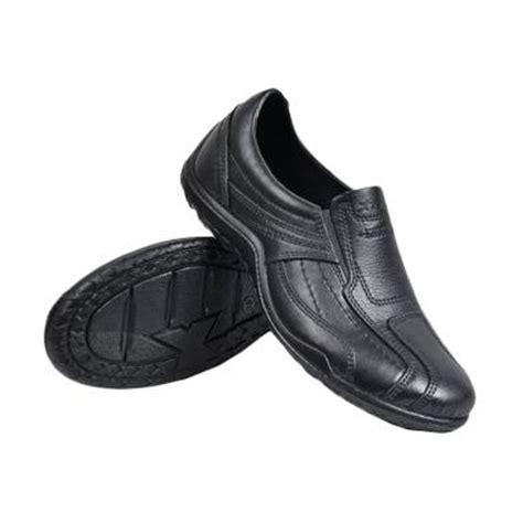 Sepatu Adidas Karet jual att pantofel karet anti air sepatu kerja pria hitam