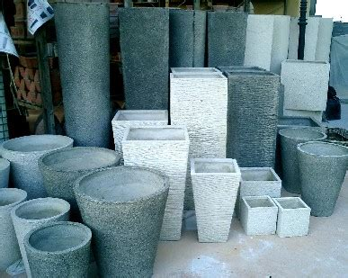 vasi in cemento da giardino vasi per piante materiali e tecniche di pulizia