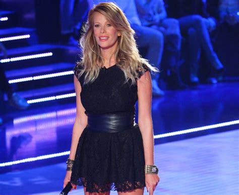 alessia marcuzzi sedere fashion victim moda alessia marcuzzi indossa un abito