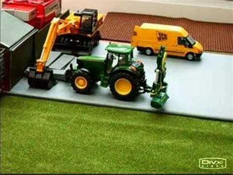 siku scheune 1 32 siku deer tractor grass trimer 1 32