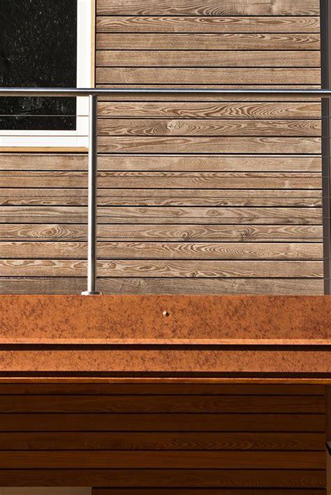 rivestimento in legno per pareti esterne frassino termo trattato ossidato rivestimento in legno