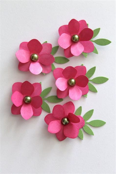 Handmade Paper Flowers - 3136 best fabric and paper flowers how to use them