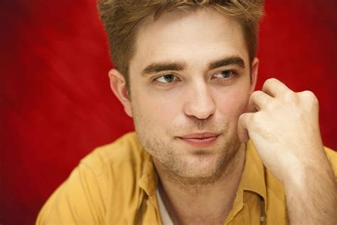 rob pattinson news today robert pattinson news now related keywords suggestions