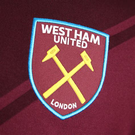 Trucker Westham United 1 west ham united 17 18 home kit released footy headlines