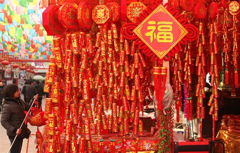 new year traditions decorations here is a guide to new year traditions venuescape