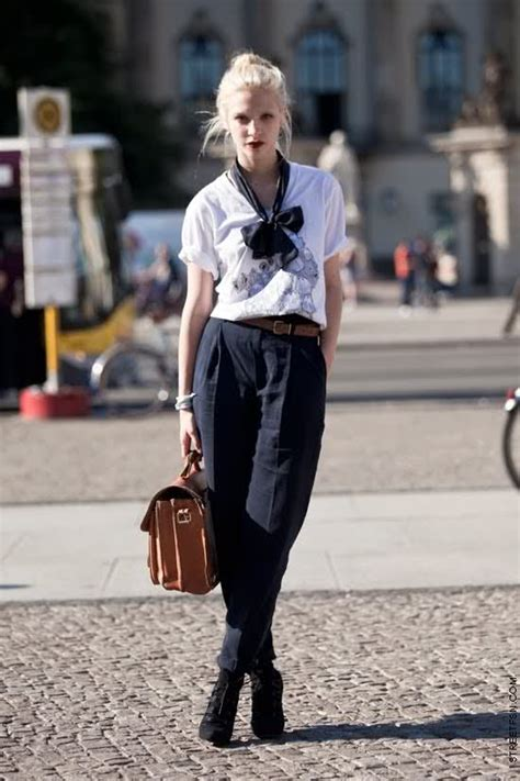 paris street style looks harding in paris how not to look like an american tourist
