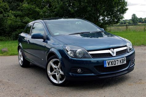 opel astra 2005 sport vauxhall astra sport hatch 2005 2010 photos parkers