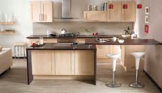 quelle couleur accorder avec une cuisine en bois