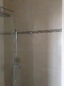 frise carrelage salle de bain solutions pour la