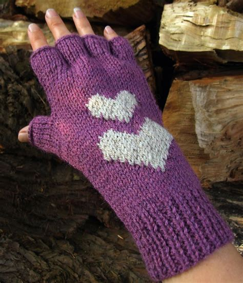 knitting pattern gloves fingerless free knit fingerless glove pattern k k club 2017
