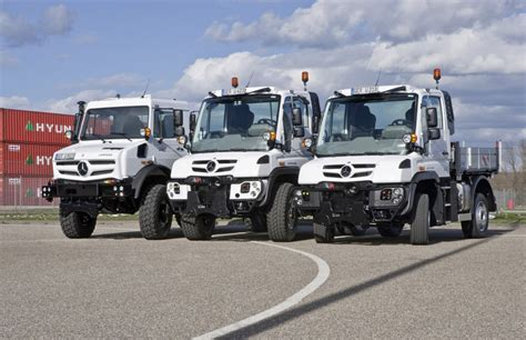 L Dealers by Mercedes Tough As Nails Unimog Gets New Look Engines For