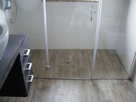 doccia a pavimento prezzi box doccia pavimento in legno box doccia torino