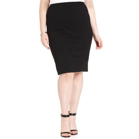vince camuto plus size pencil skirt in black rich black
